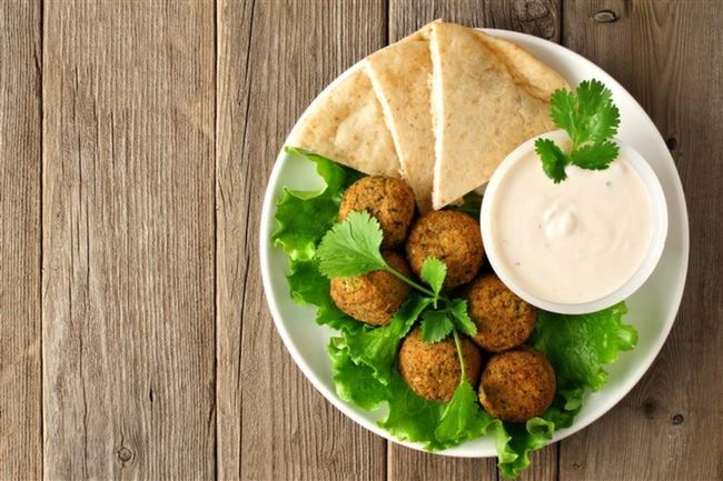 Falafel-Yoğurt-Sos-Vegan