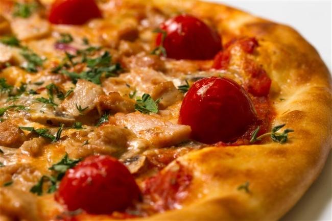 Glutensiz-Pizza-Ev-Yapımı-Tarif